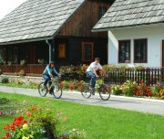 Korana-Village-Plitvice-Cycling