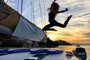 Sunset Sailing Guide