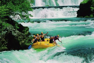 Una River white water rafting