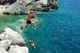 Zaton jumping from the cliffs